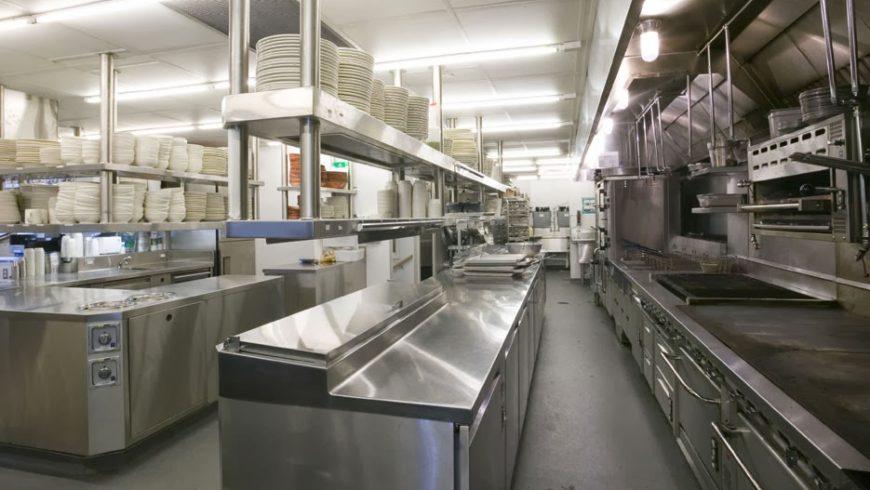 Quá trình vệ sinh bếp công nghiệp cần lưu ý những gì?