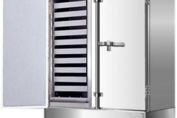 Vệ sinh tủ nấu cơm công nghiệp đúng cách.