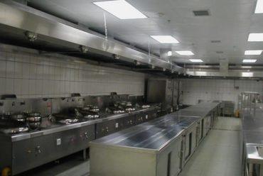 Lựa chọn thiết bị bếp công nghiệp để cải thiện hiệu quả làm việc